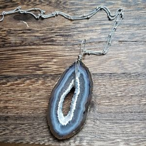 AGATE druzy pendant with silver chain